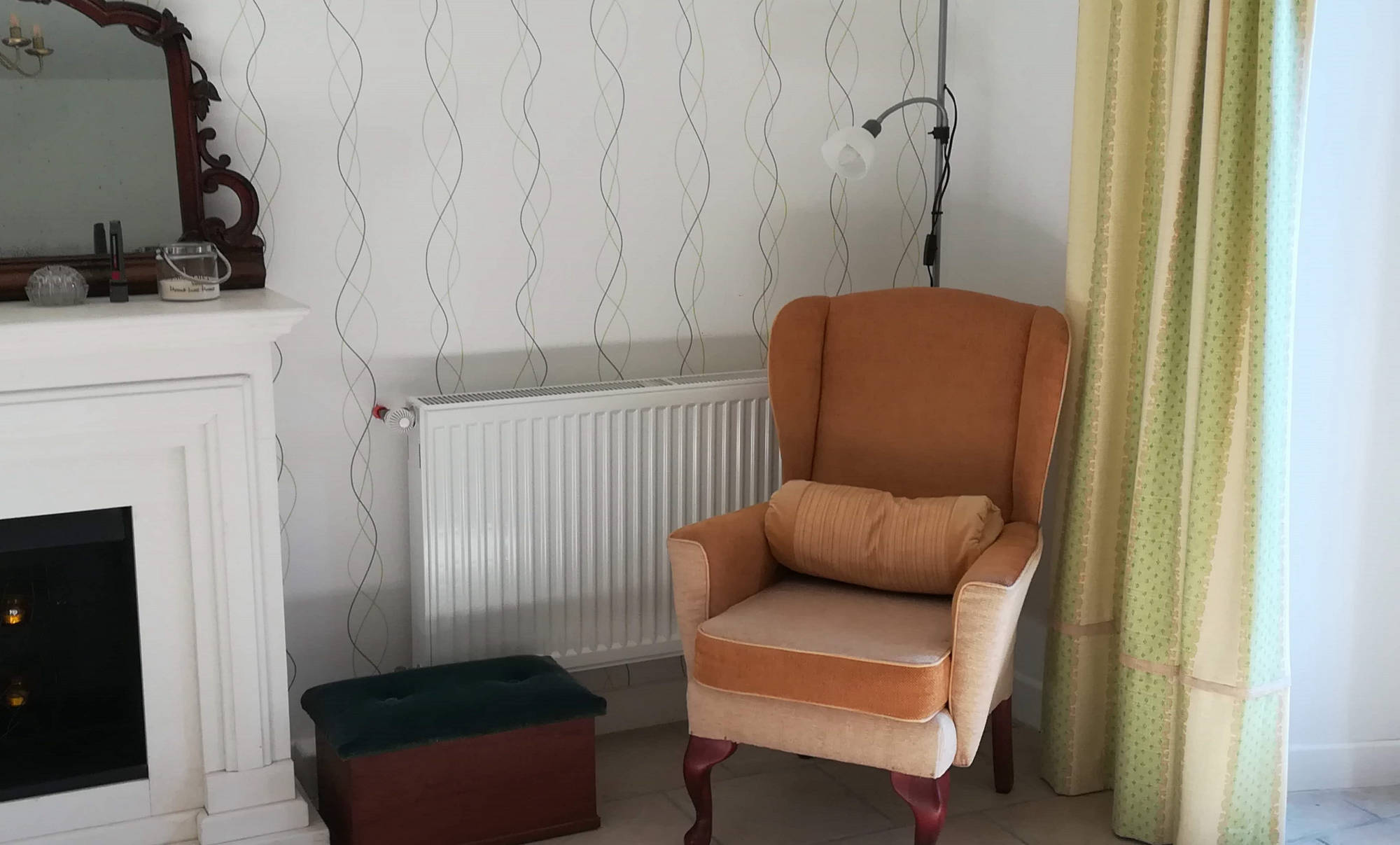 Gite living space, comfy chair